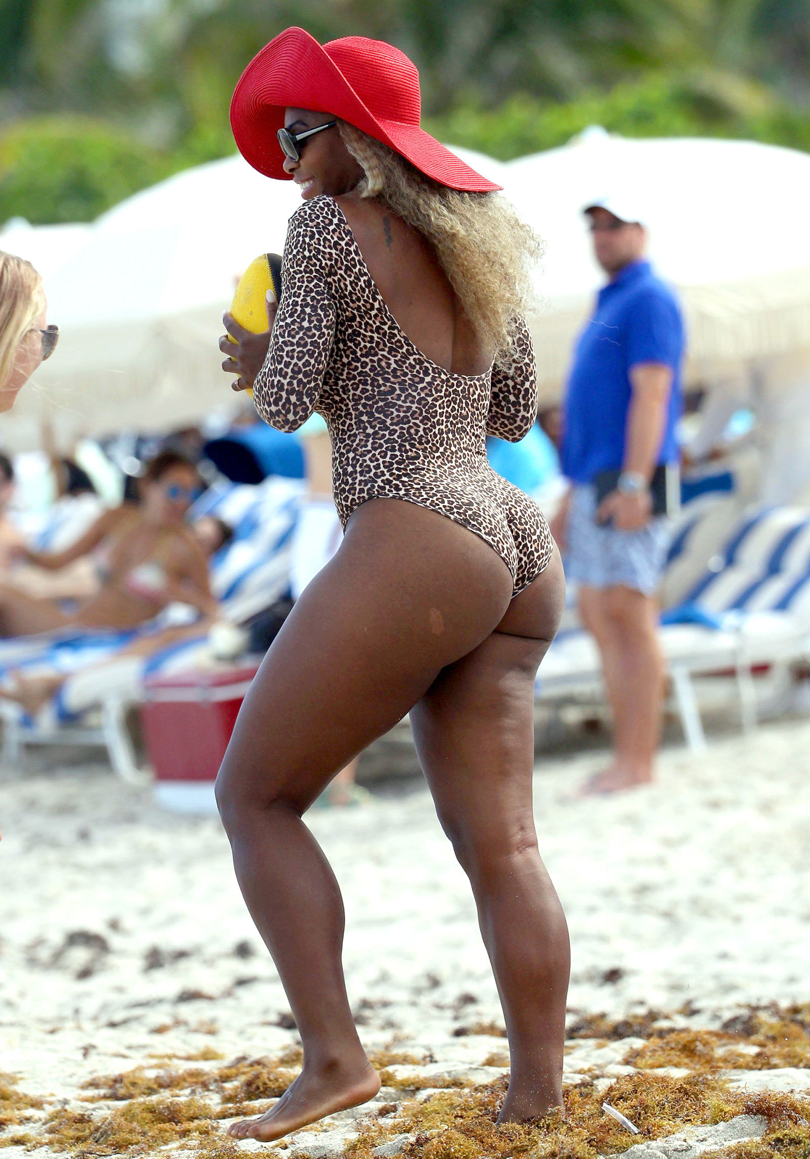 Over booty serena williams bent