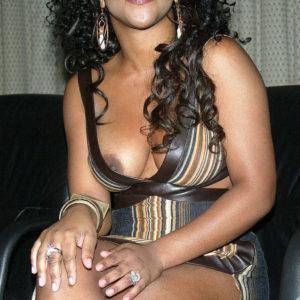 Lil Kim nipples exposed