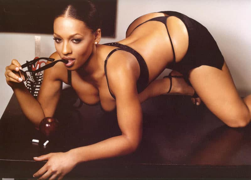 Melyssa Ford bent over thong whale tail