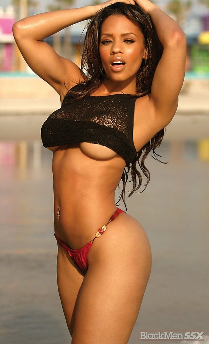 Melyssa Ford famous photoshoot