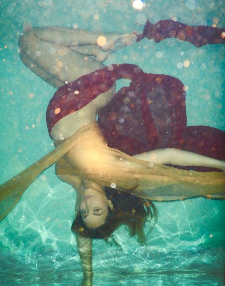 Bey underwater nude
